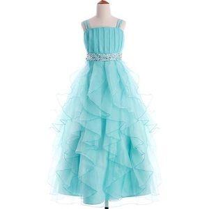 Girls formal gown, full-length, fits like an 8